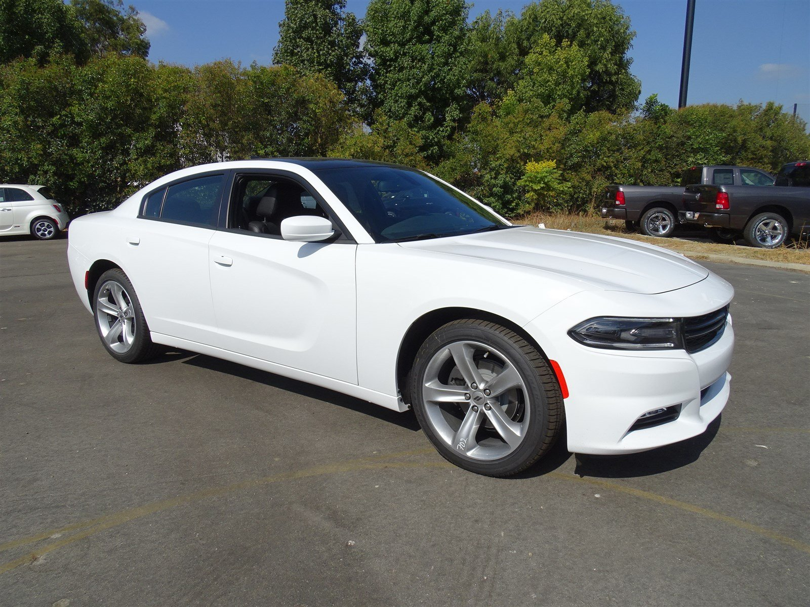 sxt charger review dodge