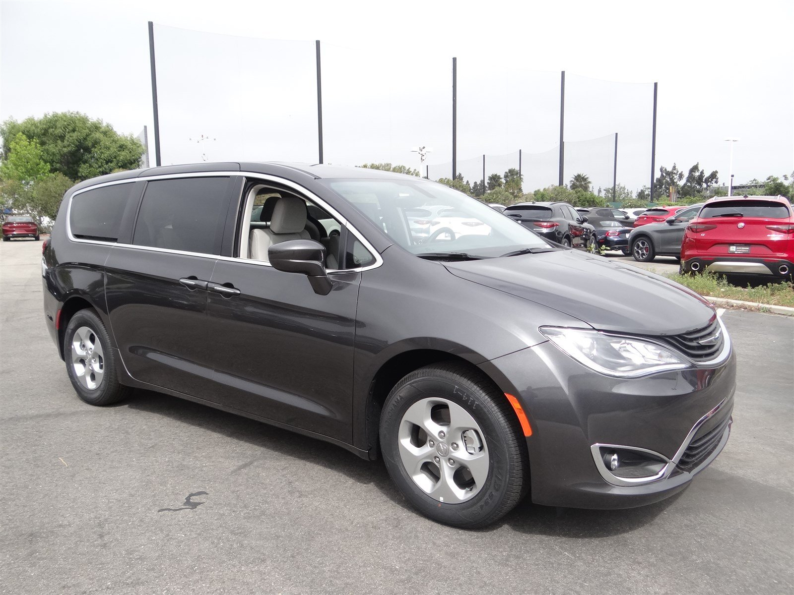 limited chrysler hybrid review van test pacifica of drive expert